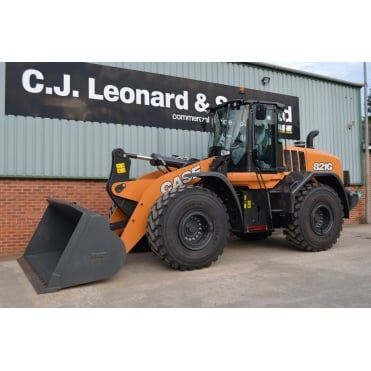 CASE 821G Wheeled Loading Shovel.