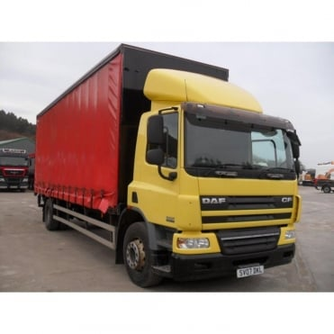 CF65-220 4x2 Curtainside Lorry 2007 MANUAL GEARBOX