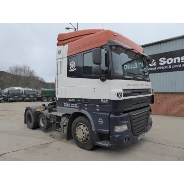 XF105.460 6 X 2 TRACTOR UNIT 2008