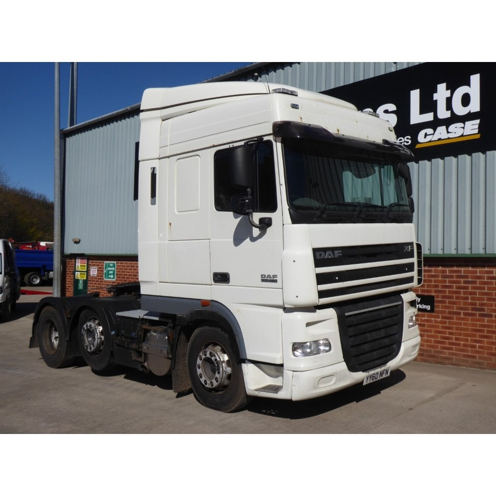 DAF XF105 460 6 x 2 Tractor Unit, Manual Gearbox, 2011