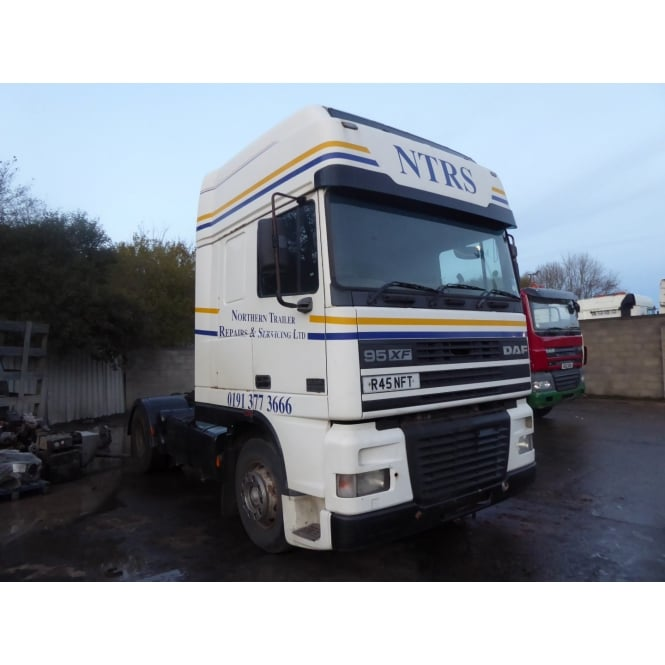 DAF XF95-430 4x2 Tractor Unit 1998 MANUAL GEARBOX