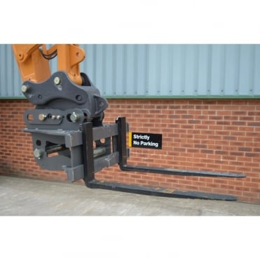 DROMONE PALLET FORKS To Suit 13 Ton & 21 Ton Machines.