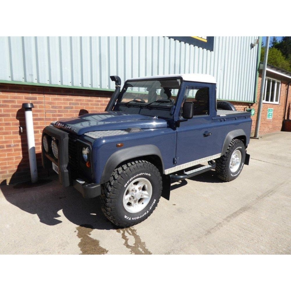 LAND ROVER DEFENDER 90 Pick Up 4X4.
