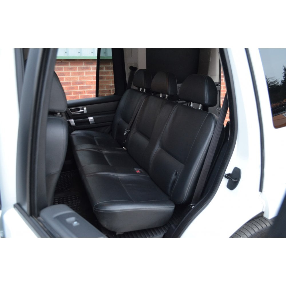 LAND ROVER LAND ROVER DISCOVERY 4 SDV6 COMMERCIAL WITH REAR SEATS 4x4