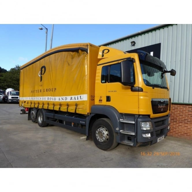 MAN TGS 320 6x2 Rear Lift Curtainsider 2012