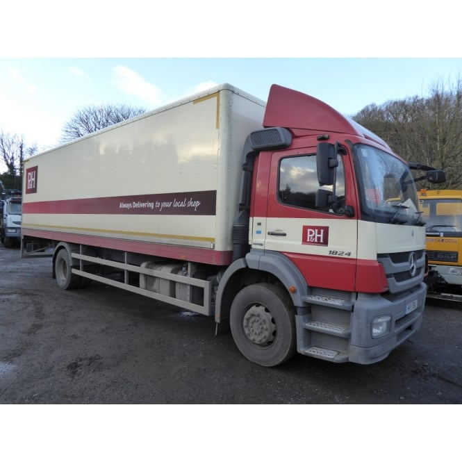 MERCEDES AXOR 1824L 4 X 2 BOX VAN 2011