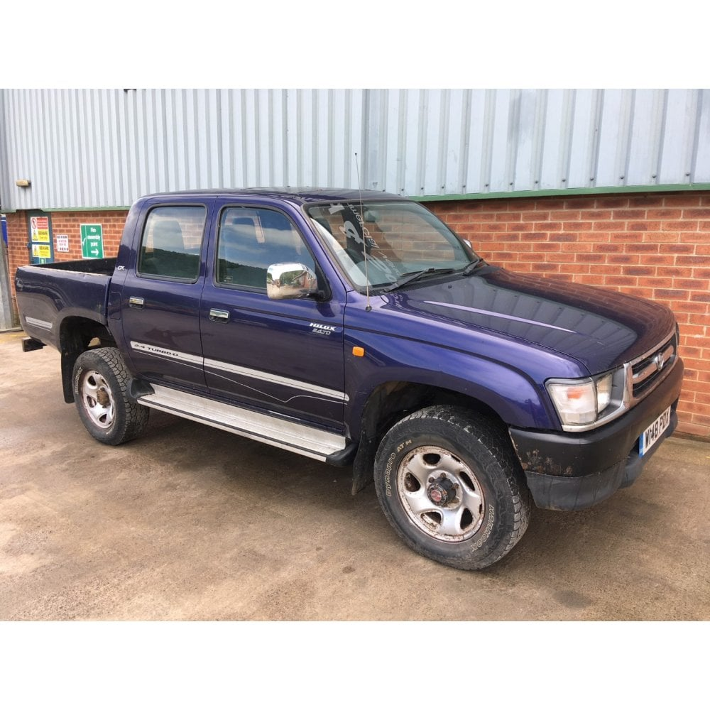 Toyota Hilux Diesel >> Toyota Hilux Gx 4 X 4 2 4 Turbo Diesel Commercial Vehicles From Cj