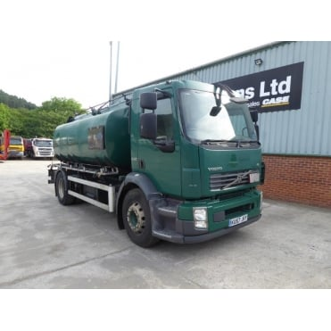 FL240 4x2 Fuel Tanker 2007 MANUAL GEARBOX