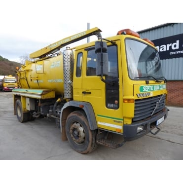 FL6-210 4x2 Gully Sucker 2000 EURO 1 MANUAL GEARBOX
