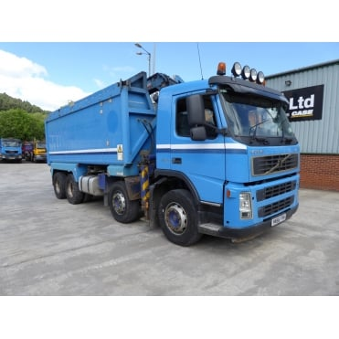 FM13-400 8x4 Tipper Grab 2006 MANUAL GEARBOX