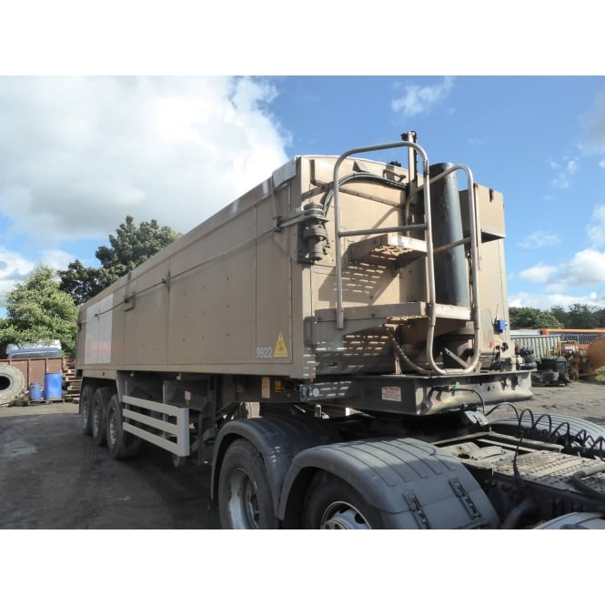 WEIGHTLIFTER Aluminium Tri-Axle Insualted Trailer 2STS38PR 2006